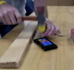Nokia Lumia Screen (Beta) Test Shows Strength, Beats iPhone & Price Dropped