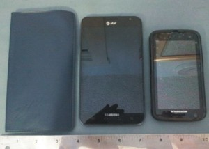 Samsung Galaxy Note vs.Samsung Galaxy S3 (III) Review Does Pocket Size Matter?